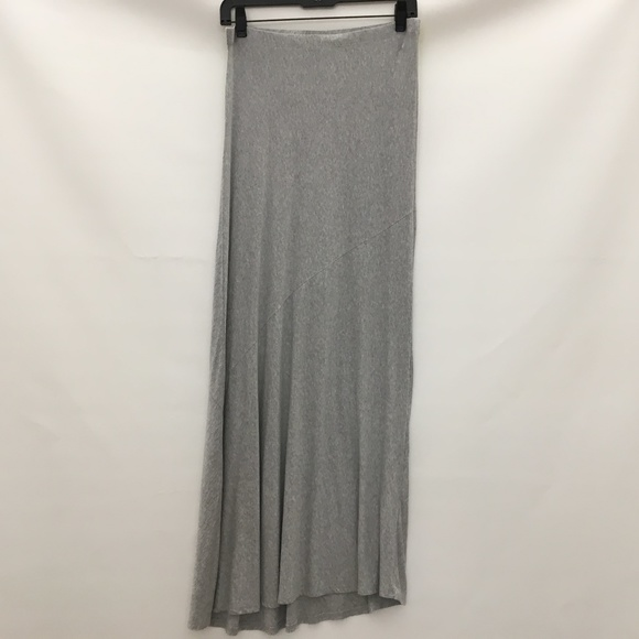 Marty M Dresses & Skirts - Marty M Skirt Small Light Gray